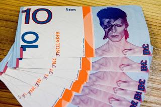 Al instrumento bursatil de Bowie se le conoció como Bowie Bonds